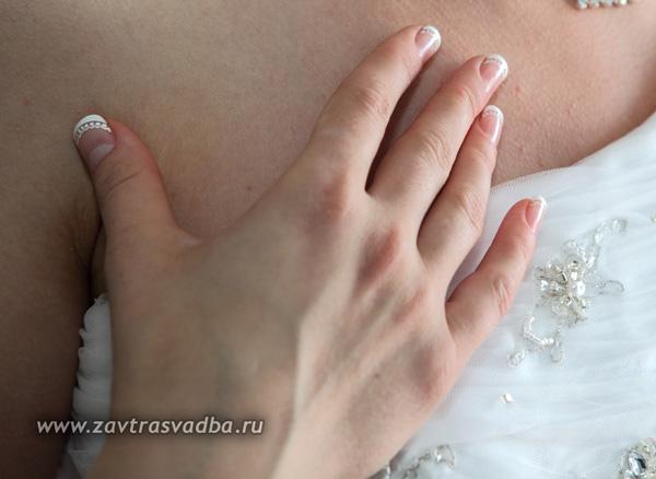 Нарощенные ногти французский маникюр свадебный